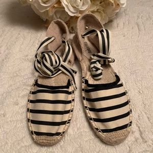 Soludos Classic Stripped Shoes Sz 9